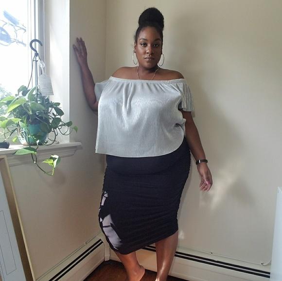 b89fda46ae Boohoo Plus Skirts | Nwt Cara Ruched Midi Skirt 20 | Poshmark